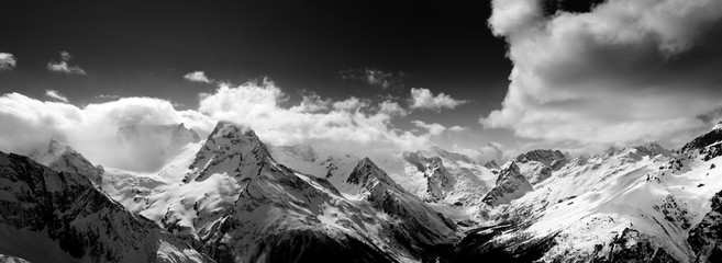 FototapetaBlack and white panorama of snow mountain at winter day
