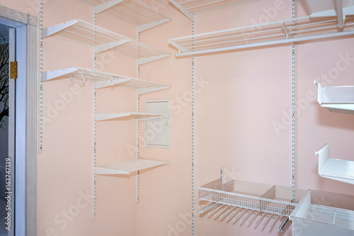 empty walk in closet. Empty Walk-in Closet With Shelves. Dressing Room Interior Elements. Empty Walk In 2