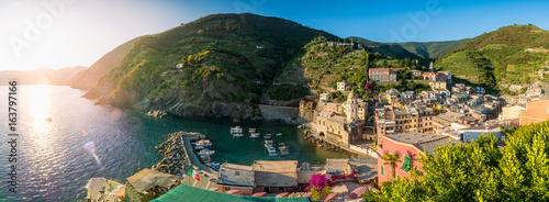 Aluminium Prints Liguria Panorama-Aufnahme von Vernazza, Cinque Terre, Liguria, Italien