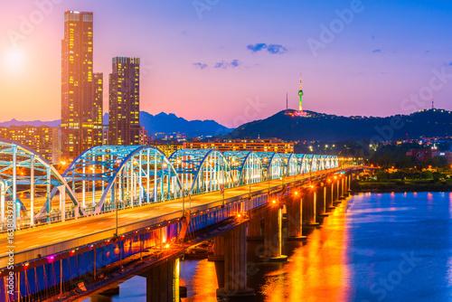 Zdjęcie XXL Zmierzch przy Dongjak mostem Seuol miasto, Południowy Korea.