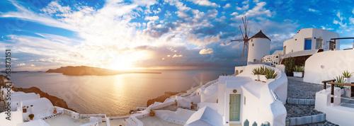 Fototapeta Sunset on Oia, Santorini. Greece obraz