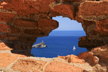 Sea View Through Hole In The W...