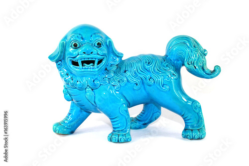 Fotografie, Tablou  Vintage Chinese Foo Dog Dragons on White Background