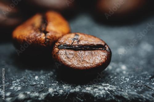 Deurstickers Koffiebonen Coffee beans macro