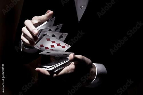 Valokuvatapetti Kartenspiel