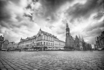 Fototapeta WROCLAW, POLAND - JULY 13, 2017: Wroclaw Old Town. City with one of the most beautiful market squares in Europe. Historical capital of Lower Silesia, Poland, Europe.