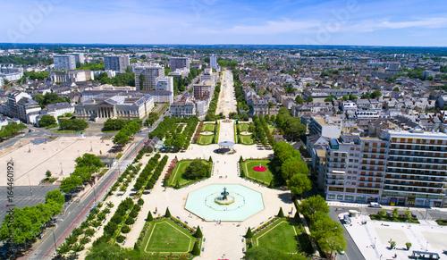 Photo Panorama aérien sur le jardin du Mail, à Angers