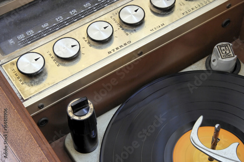 Vintage 1950 1960 hi-fi stereo radio console with lp record. Wallpaper Mural
