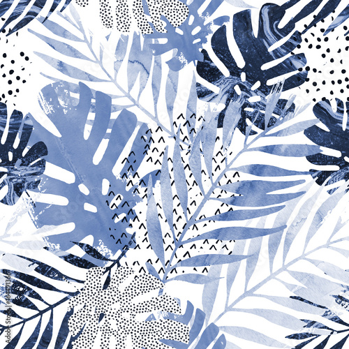 Stickers pour porte Empreintes Graphiques Art illustration: trendy tropical leaves filled with watercolor grunge marble texture, doodle elements background.