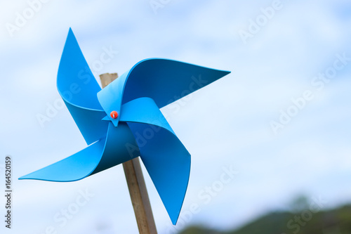 wind turbine toy with sky , save energy concept. Tablou Canvas