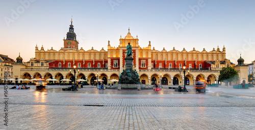 Fototapeta Cloth hall on the main market square in Krakow, Poland, during golden hour obraz