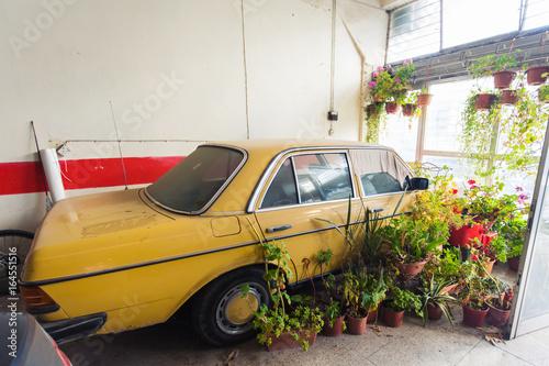 In de dag Havana Vintage old car