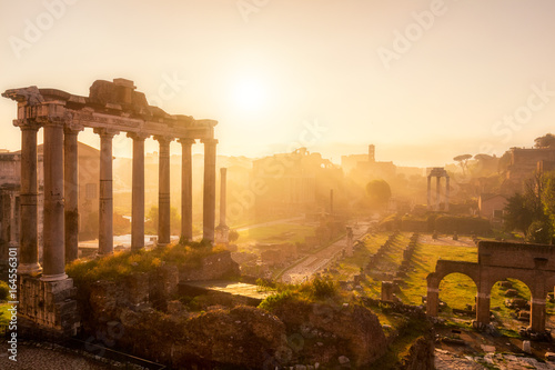 Roman Forum, Rome's historic center, Italy Fototapeta