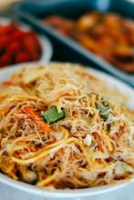 Tasty Stir Fry Rice Noodle Wit...