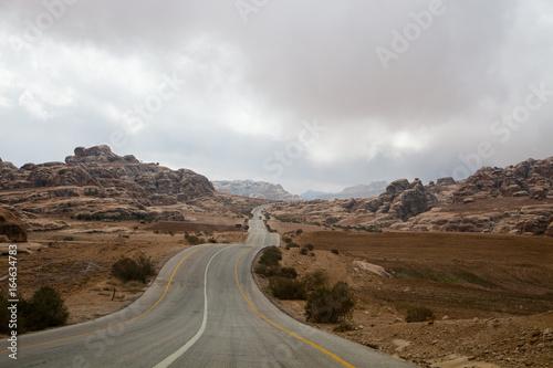 Photo  Wadi rum desert road