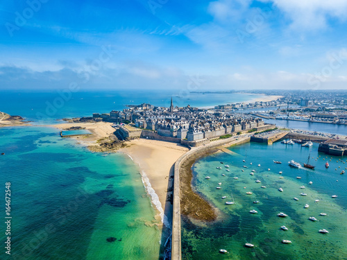 Aerial view of the beautiful city of Privateers - Saint Malo in Brittany, France Fotobehang