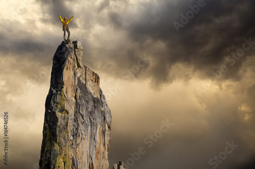 Obraz Climber on the edge. - fototapety do salonu