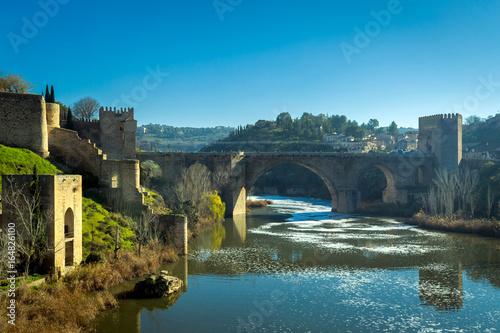 Keuken foto achterwand Turkoois Tagus river in Toledo