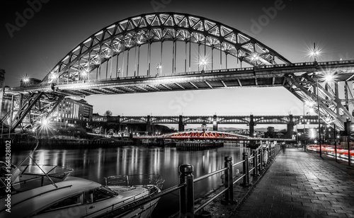 newcastle-tyne-bridge