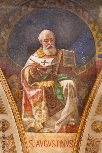 Photo TURIN, ITALY - MARCH 15, 2017:  The fresco of St