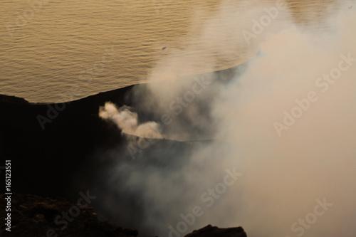 Papiers peints Beige Volcan Stromboli