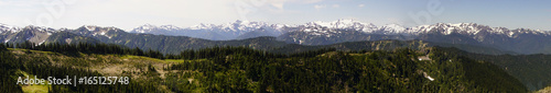 Valokuva  Mount Olympus and nearby peaks