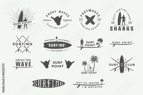 Photo  Set of vintage surfing logos, emblems, badges, labels and design elements