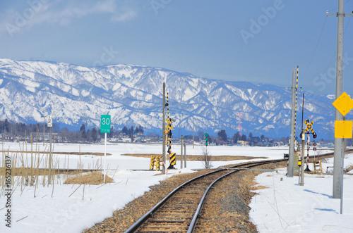 Fotografie, Obraz  山形 冬晴れのJR米坂線