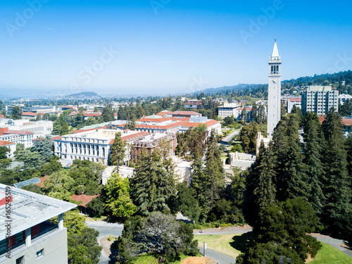 Canvas Print Bird's eye view of Berkely University