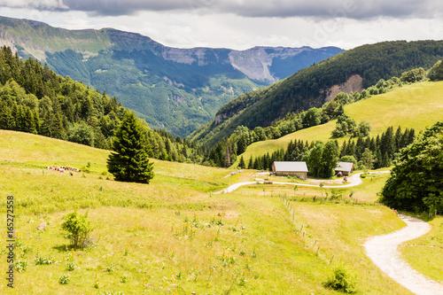 Papiers peints Orange paysage des crêtes du Jura
