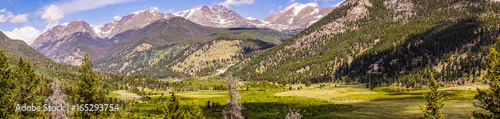 Poster Parc Naturel Rocky Mountain National Park. Picturesque highland valley