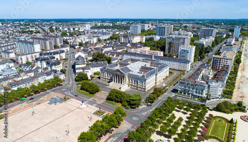 Photographie aérienne du jardin du Mail et du palais de justice d'Angers Canvas Print