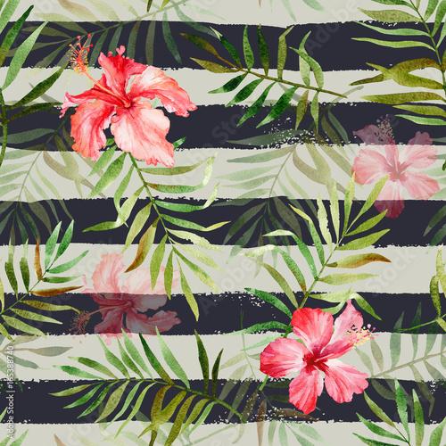 Materiał do szycia Wzór z akwarela tropikalnych kwiatów i liści na paski tle. Ilustracja może służyć za dar zawijania, tła stron internetowych, jako wydruku na drukowanie produktów.