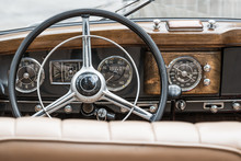 Interior Of A Mercedes Benz 17...
