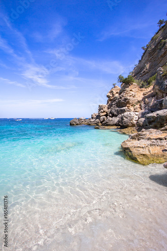 Photo  Cala Mariolu beach on the Sardinia island, Italy