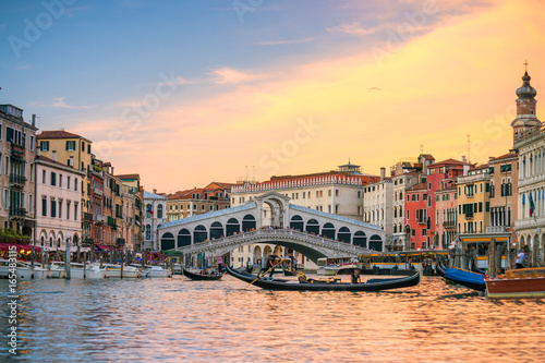 Poster Venise Rialto Bridge in Venice, Italy