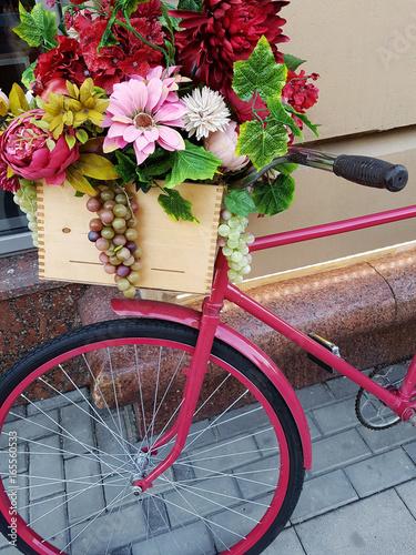 Foto op Plexiglas Photo of bicycle with flowers