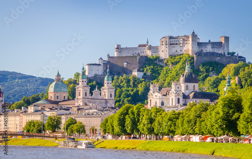 Fényképezés  Beautiful view of Salzburg,  Fortress Hohensalzburg  and Salzach river in summer