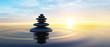 Steinturm im Ozean mit Abendhimmel 2