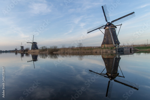 Kinderdijk Windmills Canvas-taulu
