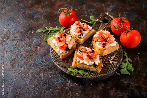 Photo sur Toile Entree Bruschetta with tomatoes
