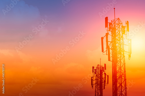 Valokuva  communication tower or 3G 4G network telephone cellsite with dusk sky with space