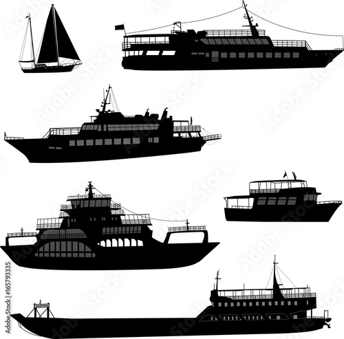 ships and boats silhouettes - vector Fototapete