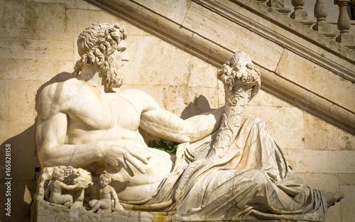 Photo Statue of Zeus