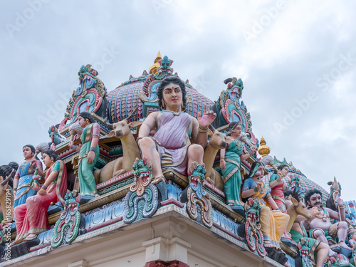 Photo  Sculpture, architecture and symbols of Hindu temple at Singapore , Sri Mariamman Temple, Singapore is a oldest Hindu temple