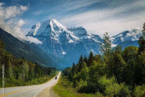 Fotografia  Yellowhead Highway in Mt. Robson Provincial Park, Canada