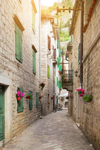 Fototapety, obrazy: Street in old town of Kotor