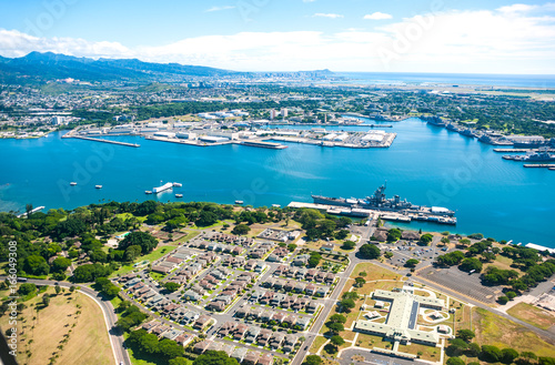 Photo  Aerial view of Pearl Harbor in Hawaii