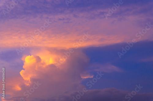 Fototapeta Color through clouds in the evening sky. obraz na płótnie