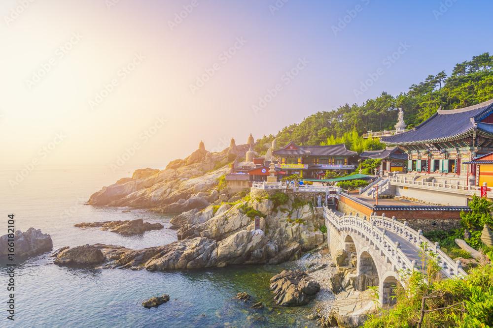 Fototapety, obrazy: Haedong Yonggungsa Temple in Busan, South Korea.